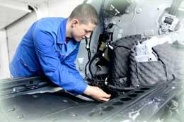 Специалист по электронике автомобиля